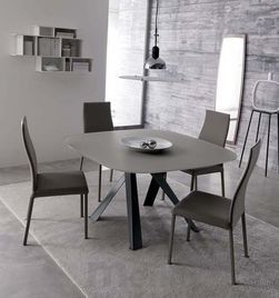 BOMBO GLASS dizajnový zaoblený jedálenský stôl sklenený OZZIO