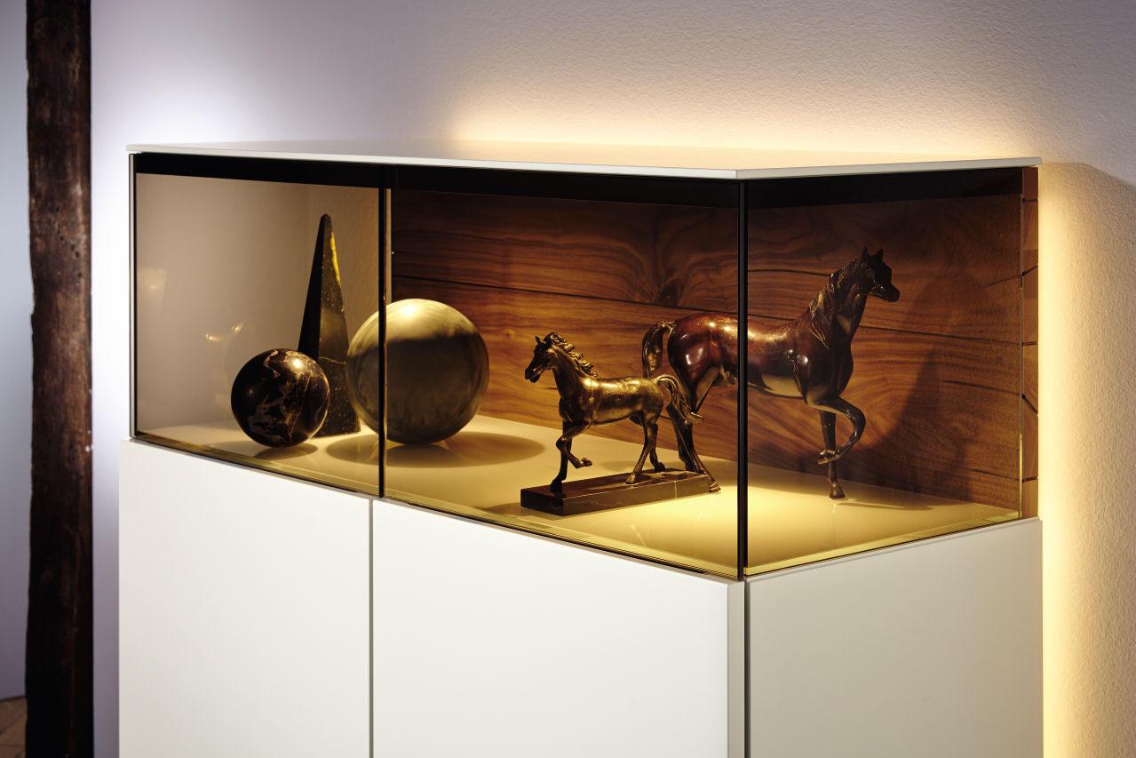 gentis mas v ob va ka modern luxusn n bytok merito. Black Bedroom Furniture Sets. Home Design Ideas