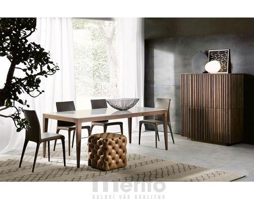DOMINIQUE dizajnový stôl s masívnými nožičkami