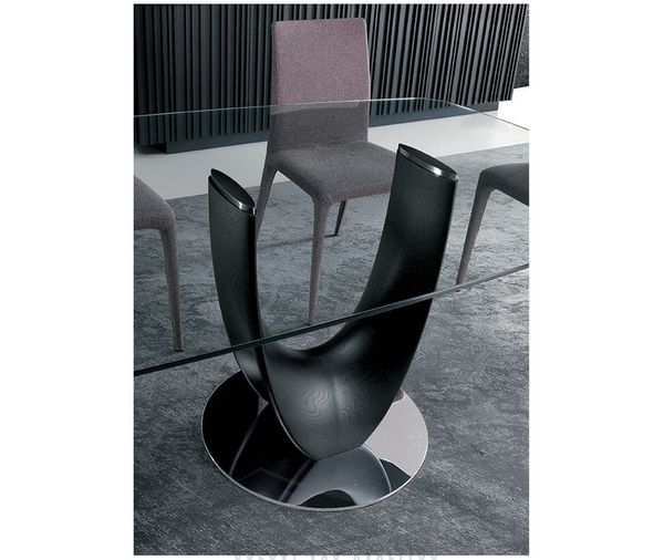 AXIS dizajnový stôl s masívnou nohou obdĺžnik