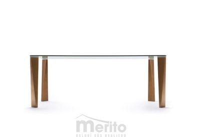 DANDY dizajnový stôl s masívnou nohou